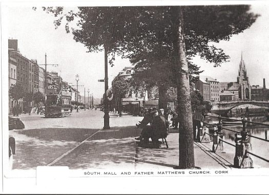 Tram on the South Mall
