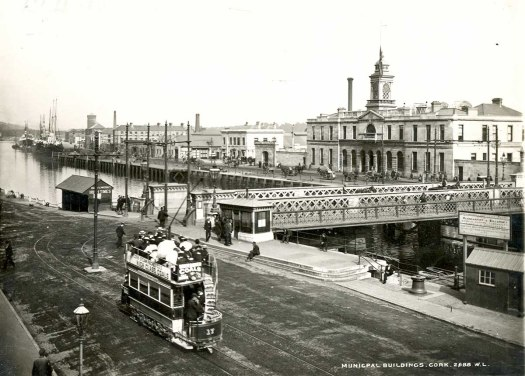 Cork City Hall, Parnell Bridge and Tram